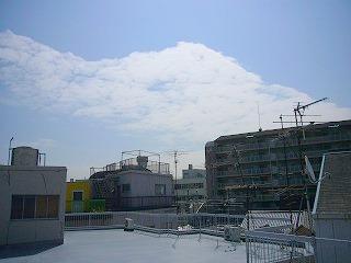 陸屋根でのアンテナポール固定の画像