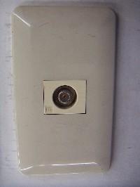 壁面アンテナ端子の確認の画像